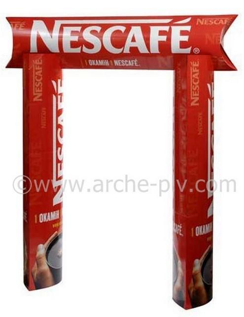 mobilier carton - arche publicitaire avec colonnes elliptiques et fronton logoté